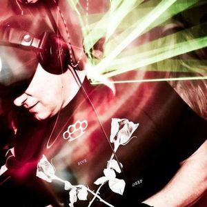 DJ Icey (Zone Records) @ Annie Nightingale Show, BBC Radio 1 (19.01.2013)
