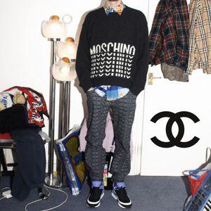 Moschino Hats & Air Max