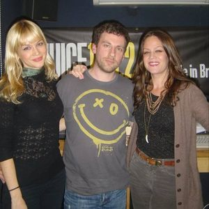 Thurs 04/08/11 Wiley & The Pierces Interview