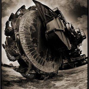 Trust the Machine - Heavy ass September mix