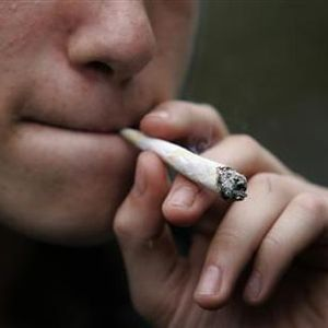 Ray Appleton - 08.23.16 - A new study shows poorer marijuana users smoking the most.