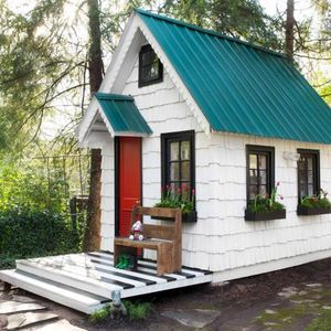 Episode 25: Tiny Houses, Trailers, And Sandbox Gaming