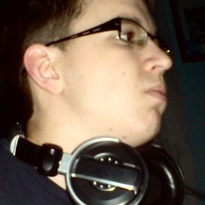 Q'le - Midnight Techno Mix 08.02.2010.