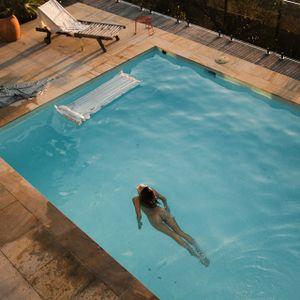 Swimming pool mix