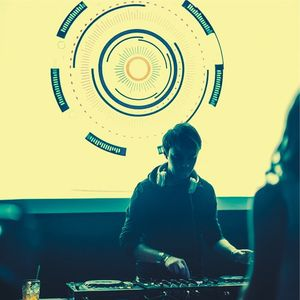 "DJ WowWeek-Special set for ""Mind Rewind Nights"" (LIVE at Bar MESTO)"