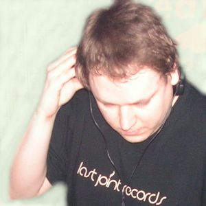 DJ Recis mix @ Decibel 103 - 16.4.2011 @ Techno.FM