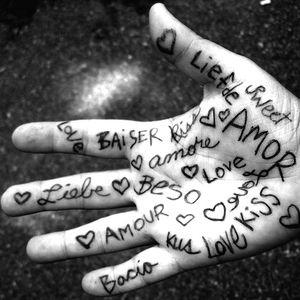 ♥ Love  ♥