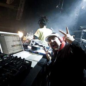 Tom Middleton DJ Mix @ www.kingsleymarshall.com
