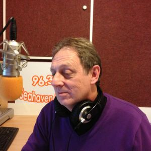 TW9Y 9.5.13 Hour 2 Days of the week songs with Roy Stannard on www.seahavenfm.com