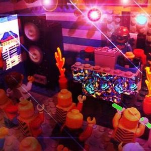 The Candyman - MacroBeatsMicroRave