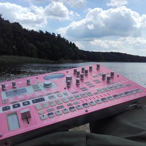 Crates Nights - Liveact Skrzynki Lake 2017
