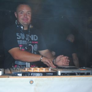Duly - Live @ Majsi Erdészházi Bulik: Outdoor Summer Party 2012.06.23