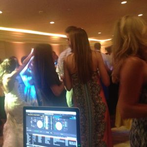 Nick + Olivia, Wedding Reception, Live Remix Set by DJ Mike Walsh