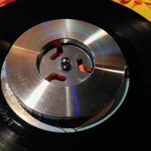 VIDEO: DJ Osmose 7 inch vinyl stabilizer mix demo