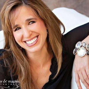 Andrea Kulberg helps her #SmGirlfriends create a VISION!