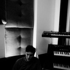 Exclusive Isaac Tichauer Mix