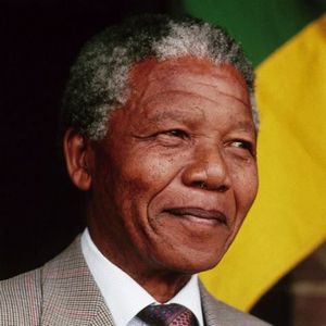 Tribute to Mandela by dj Spivey, USA, on Radio Without Frontiers, Ràdio Platja d'Aro, CAT, Spain.