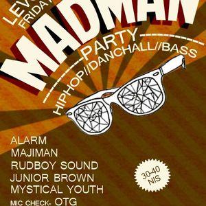 DJ Junior Brown  @MAD MAN DANCE 17-6-2011