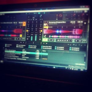 Dj Nau - Vocal House mix Of Fall 2013 EPIC!!!