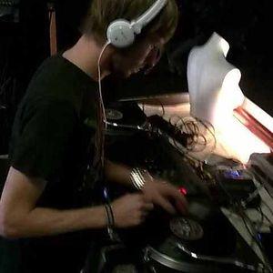 "Dj Mink (Squeaky Noise) old style ""Feiern Without Drugs"" 156bpm Schranz"