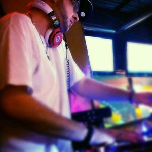 DJ DEZILAYY'S ''HOUSE FUNK'' (THE SESSIONS) MIX