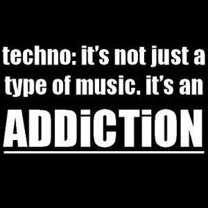 Zolek - Addicted to Techno (2011-01)