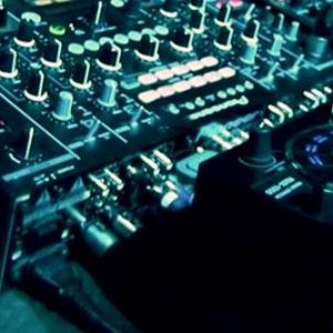 RXS Podcast | 002 | Laylae (2013-07-27)