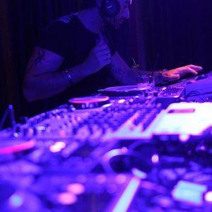 SET DJ DANNY SANTHANA - HOUSE MUSIC JUNE