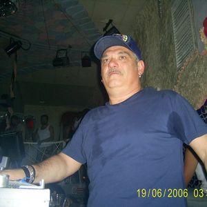 Dj Ralf - Les Folies De Pigalle(White Mykonos Party 18-06-2006)