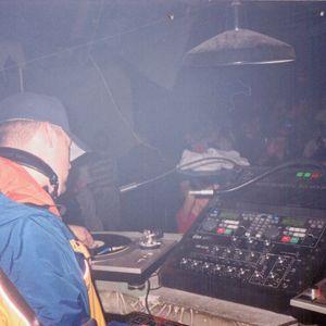 dj shawn phillips - 2001 HIP-HOP R&B MEGAMIX aired on 94.9zht/97.1zht Salt Lake City