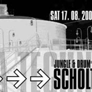 Dj Mooka - Scholtek Disco live in ClubMir 17-08-2002