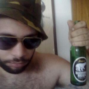 Bears do not take the honey. drink beer!