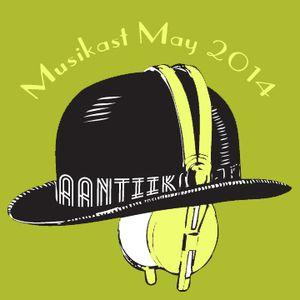 2014 May Aantiik Musikast