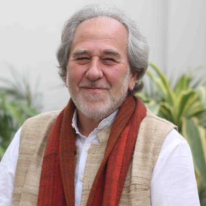 The World is Your Petri Dish with Bruce Lipton