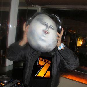 "DJ MARIO Z LIVE SESSION  AT GUEY SKY BAR BANUS ""BARGROOVES"""
