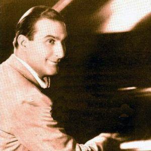 Enrique Delfino, su piano y sus tangos.