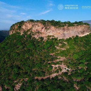 Cerro de las Ventanas. Juchipila, Michoacán