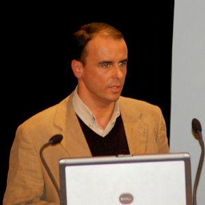 Alvorada 14 de fevereiro - Comentário de António Figueiredo
