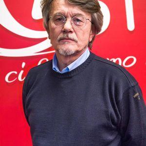 Ricordiamo Fabrizio De Andrè con lo scrittore Mariano Brustio su New Radio Network