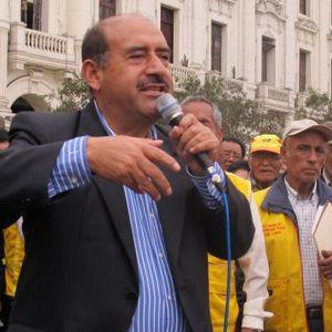 Pulso Informativo 25-11-2015   Precandidato Presidencial por Unidad Democrática Andrés Alcántara