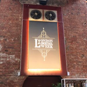 Hoxton Radio Live from LCW18