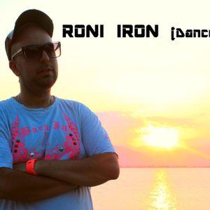 RONI IRON LIVE MIX  DJ SET @NAMA CLUB - CHANIA , CRETE / 3-08-2012
