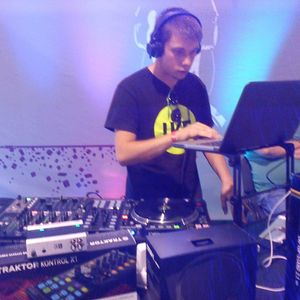 DJambore.com On Air@Radio Reakcia@09.10.2014/Marta_Niki
