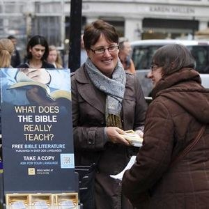 Are Jehovah's Witnesses really Christians?