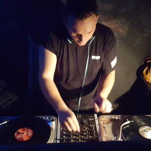 Alkalin live on vinyl @ Dark'N'Trance 06 Party in Club Kafka Bucharest Part 2