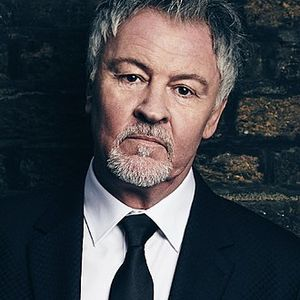 Sticks show with Paul Young