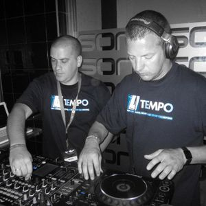 The Tempo Sessions on Pressure Radio mixed by The Tempo Twins (28/02/2014)