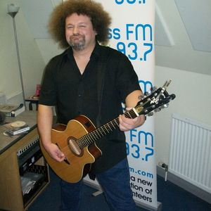 Russell Hill's Country Music Show on 93.7 Express FM featuring Dan Ogus. 16th November 2014