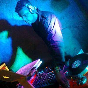 SET FREESTYLE FRIENDS FEAT DJ FABIO NOX