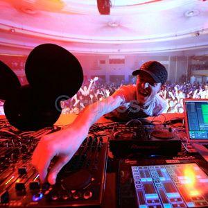 Deadmau5 Tribute Mix (by David Sánchez) 2011